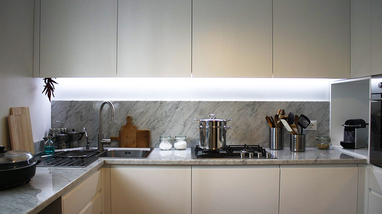 Ripiani per cucina in marmo e altri materiali - Materiali per cucine ...