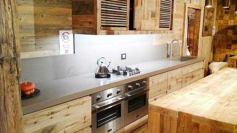 come pulire i top della cucina - soluzioni di casa. pensile in legno per cuci...