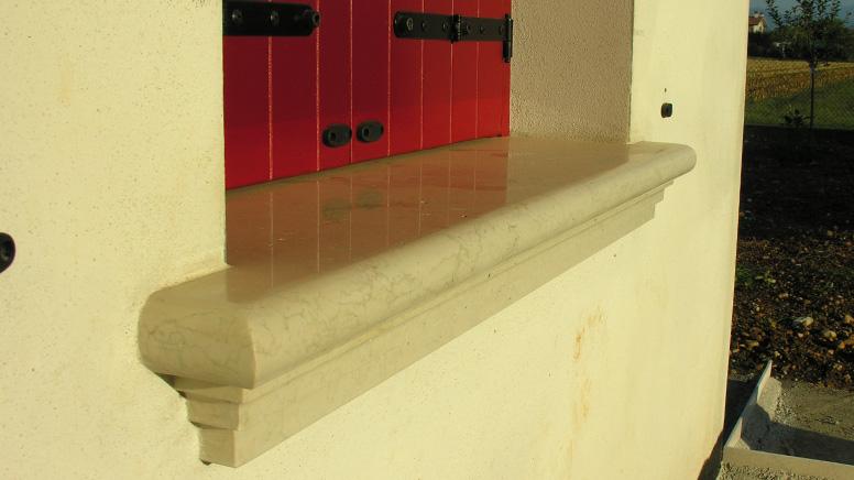 Soglie e davanzali 28 images romano pietra di soleto for Davanzali in pietra serena